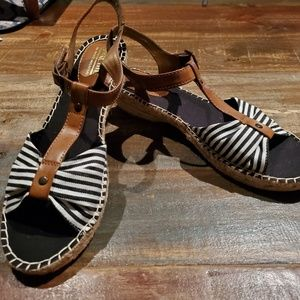 White Mountain Sandals